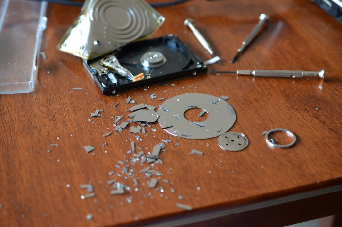 How to retrieve data from my broken hard drive